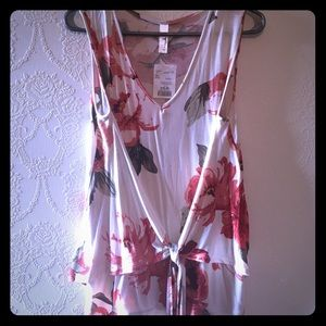 Tops - Pink Floral Sleeveless Blouse